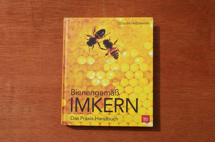 Buchcover Bienengemäß imkern von Günter Friedmann